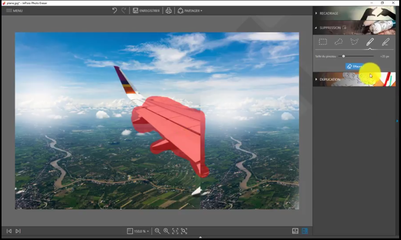Learn how to erase items with InPixio Photo Clip